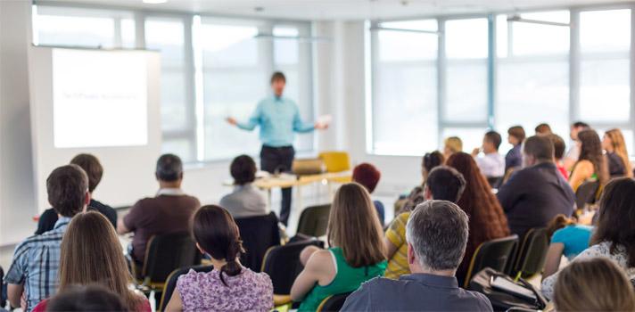 Programas criados para auxiliar os jovens a entrarem na educação